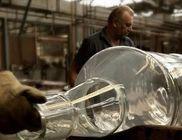 Megalkották a a világ legnagyobb whiskys üvegét