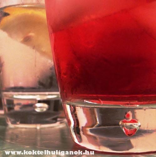 A pohár fenekérõl