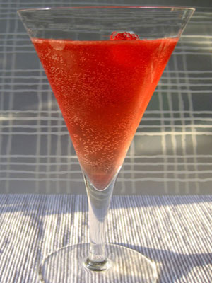 Eperszirupos pezsgős koktél