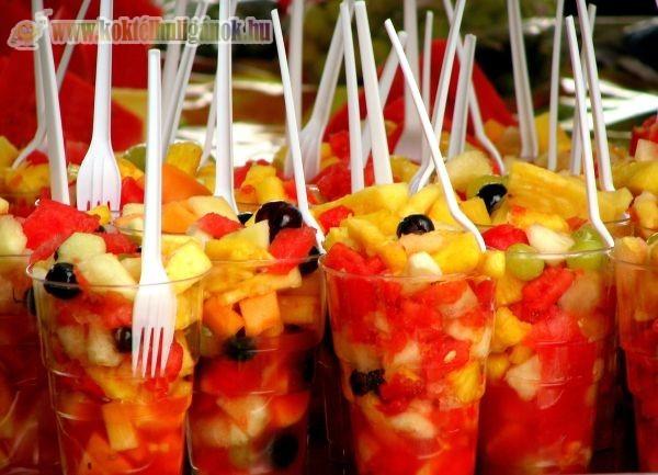 Gyümölcs koktél