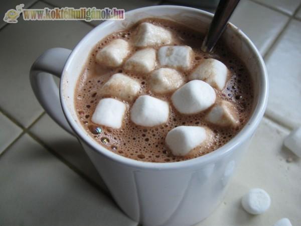 Pillecukros forró csoki