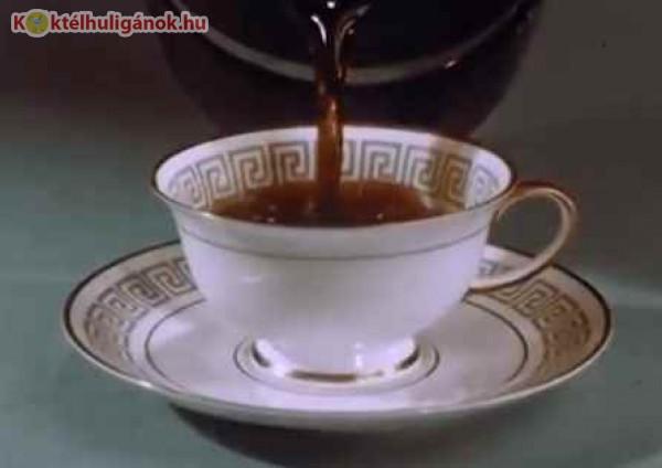 Reggeli fekete kávé