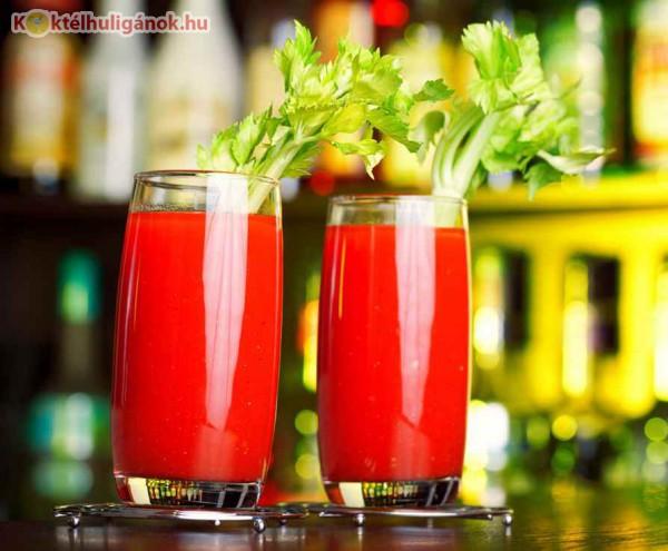 Bloody Mary -  vodka, citromlé, lime, zeller