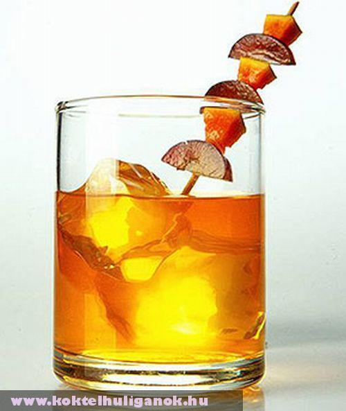 Monnet cognac cocktail