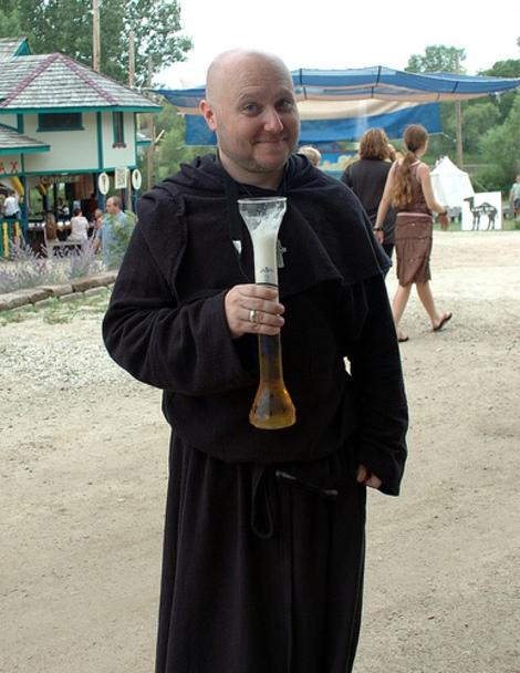 Keleti sörös pohár
