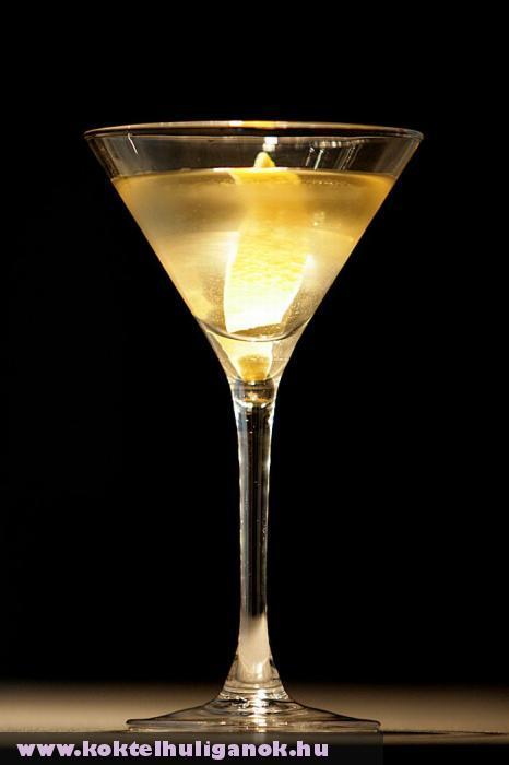 Füstös martini