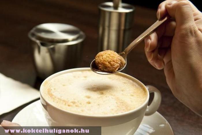 Egy csésze forró kávé