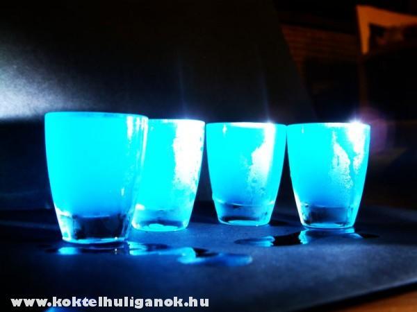 Kék kamikaze